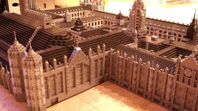 Ludovica – miniaturowe miasto z klocków MEGA Bloks